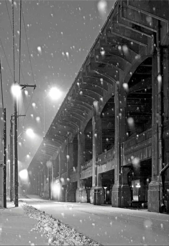 12th St bridge snowfall 011307 Inman