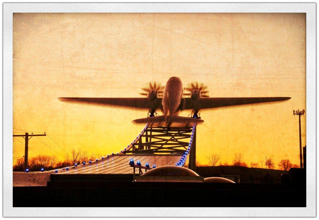 DC3-blurTechnicolor-fa--1024x708