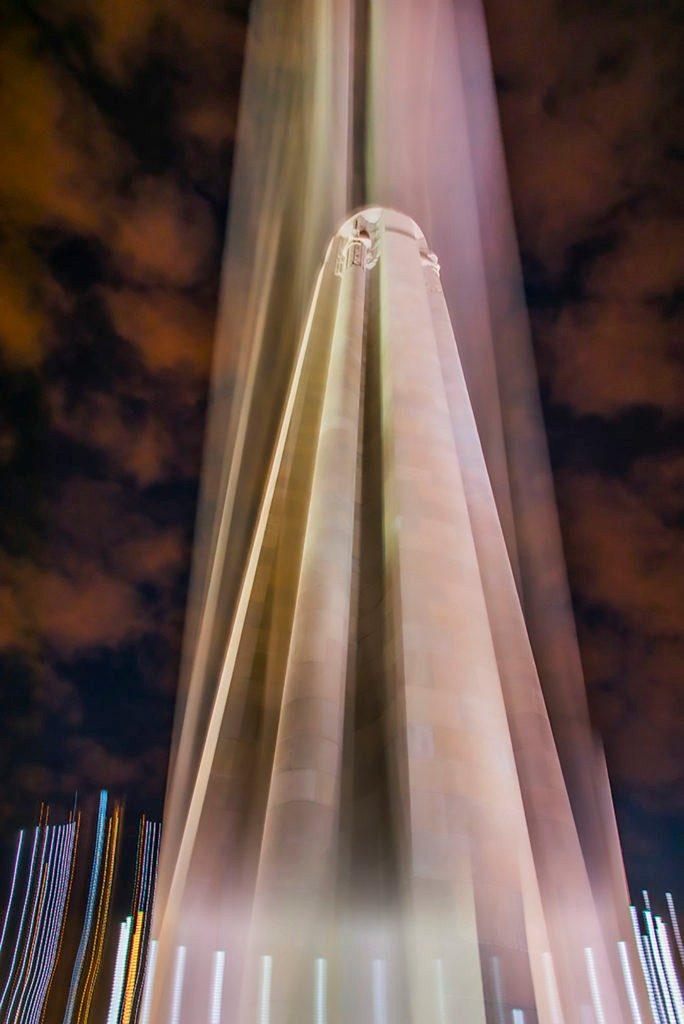 LIberty-Memorial-blurcolor-pa-fa-684x1024