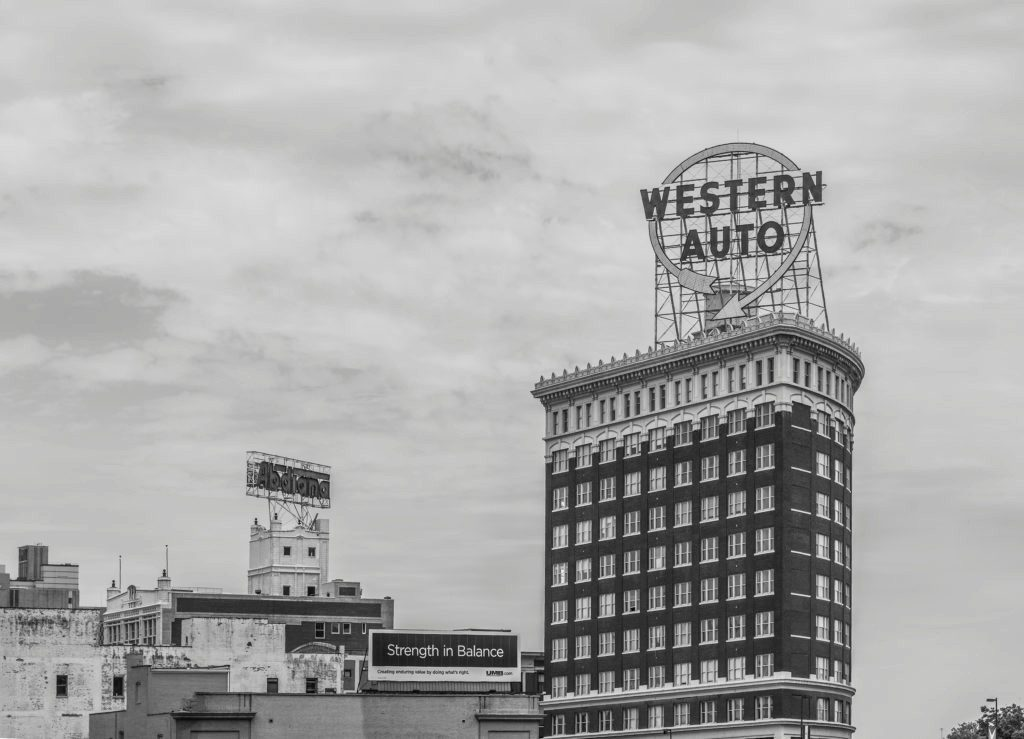 western-auto-building-sign-bw-fa-1024x739